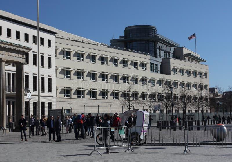 Η πρεσβεία των Ηνωμένων Πολιτειών της Αμερικής στο Βερολίνο στοκ εικόνα