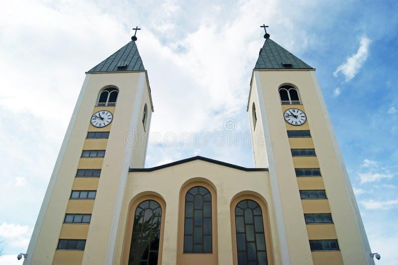 Η πρόσοψη της εκκλησίας του ST Jacob σε Medjugorje (Βοσνία-Ερζεγοβίνη) στοκ φωτογραφία