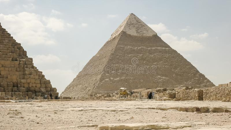 Η πυραμίδα του khafre στο giza κοντά στο Κάιρο στοκ εικόνα με δικαίωμα ελεύθερης χρήσης