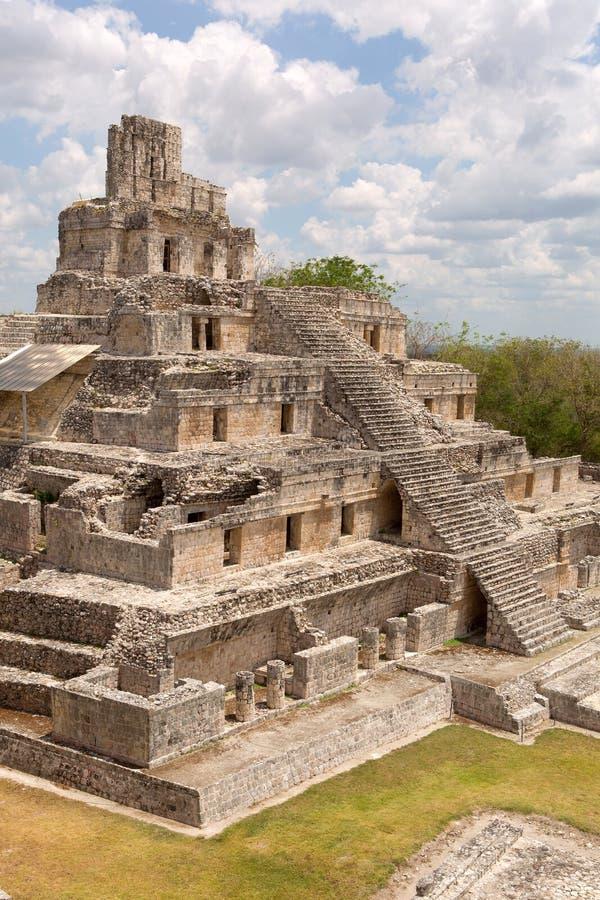 Η πυραμίδα πέντε ορόφων σε Edzna στοκ φωτογραφία