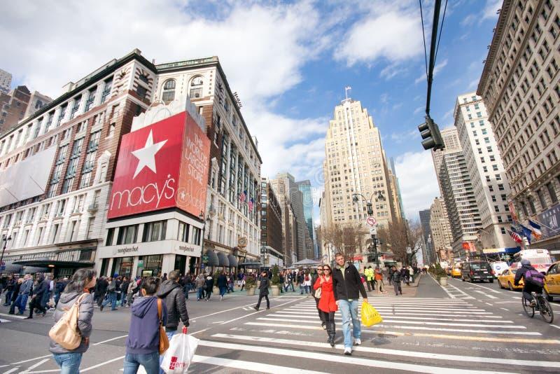 η πόλη ανακοινώνει τη νέα τετραγωνική Υόρκη στοκ εικόνα με δικαίωμα ελεύθερης χρήσης