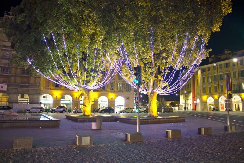 η πόλη Χριστουγέννων διακόσμησε συμπαθητικό στοκ φωτογραφίες με δικαίωμα ελεύθερης χρήσης