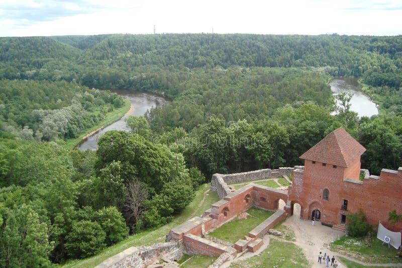 Η πόλη Sigulda της αρχιτεκτονικής της Λετονίας στοκ εικόνα