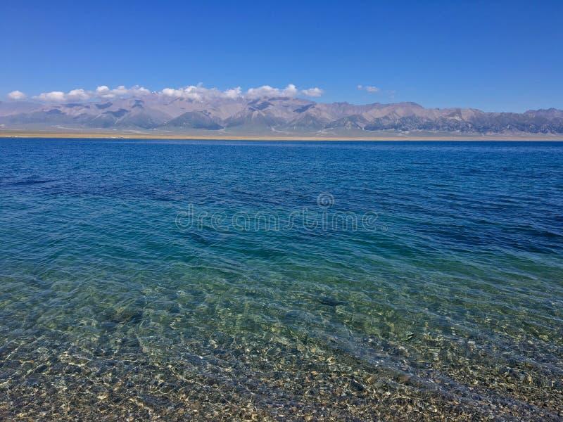 Η σαφής λίμνη στοκ φωτογραφίες