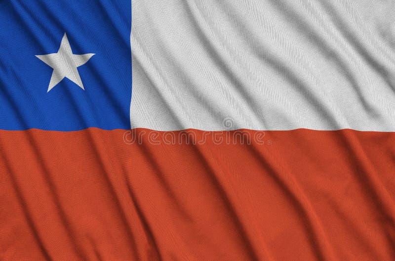 Η σημαία της Χιλής απεικονίζεται σε ένα ύφασμα αθλητικών υφασμάτων με πολλές πτυχές Έμβλημα αθλητικών ομάδων στοκ εικόνες με δικαίωμα ελεύθερης χρήσης