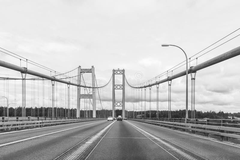 Η σκηνή πέρα από στενεύει τη γέφυρα χάλυβα στο Τακόμα, Ουάσιγκτον, ΗΠΑ στοκ φωτογραφίες με δικαίωμα ελεύθερης χρήσης