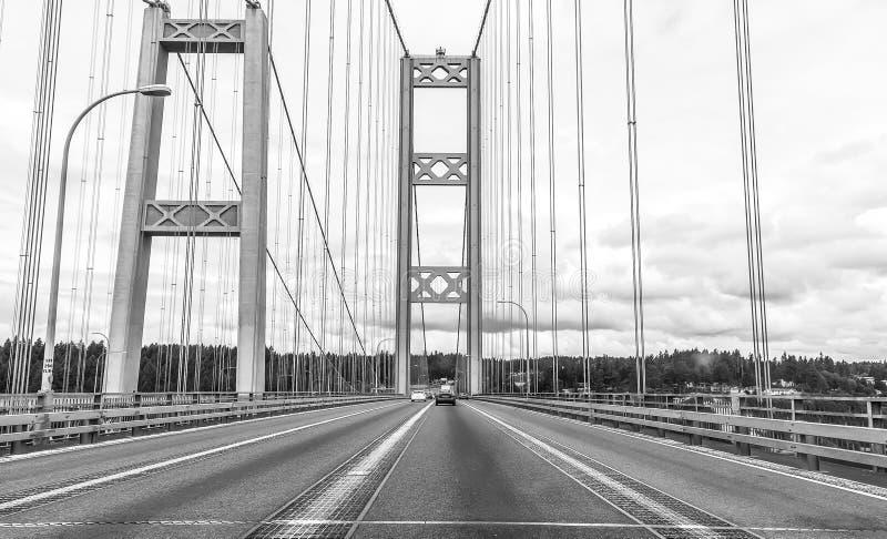 Η σκηνή πέρα από στενεύει τη γέφυρα χάλυβα στο Τακόμα, Ουάσιγκτον, ΗΠΑ στοκ εικόνες