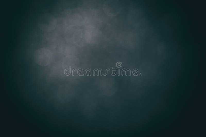 Η σκούρο μπλε κλίση θόλωσε το υπόβαθρο, απλά μπλε διαστήματα σκηνικού φωτογραφιών στούντιο ως σύγχρονο υπόβαθρο γραφικό στοκ φωτογραφία με δικαίωμα ελεύθερης χρήσης