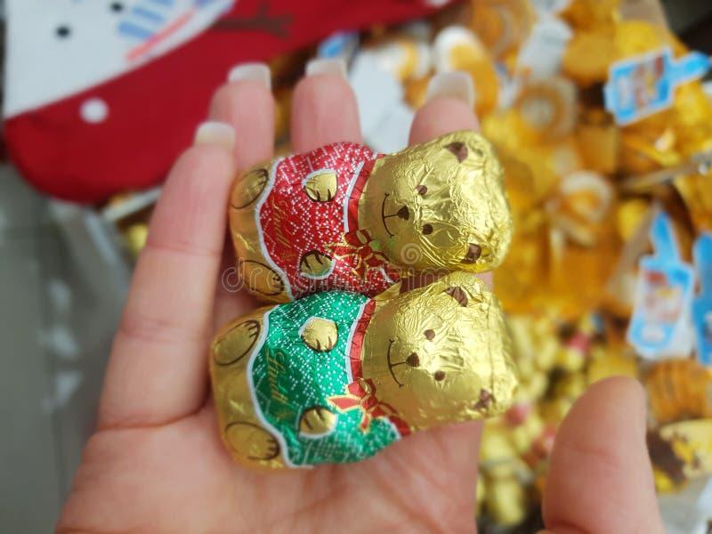 Η σοκολάτα Lindt αντέχει για τη χαριτωμένη και yummy σοκολάτα εκδόσεων χειμ στοκ φωτογραφία