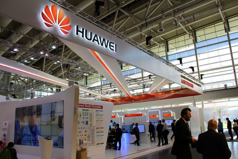Η στάση Huawei στοκ φωτογραφία