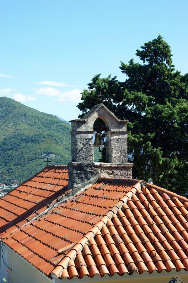 Η στέγη της εκκλησίας του ST Sava σε Herceg Novi στοκ φωτογραφίες με δικαίωμα ελεύθερης χρήσης