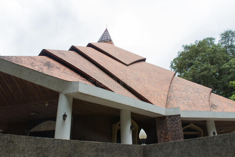 Η στέγη του ταϊλανδικού παραδοσιακού περίπτερου στοκ εικόνα
