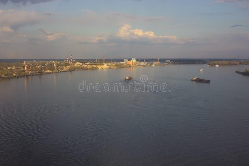 Η συμβολή των ποταμών του Βόλγα και του ποταμού Oka στοκ φωτογραφία με δικαίωμα ελεύθερης χρήσης