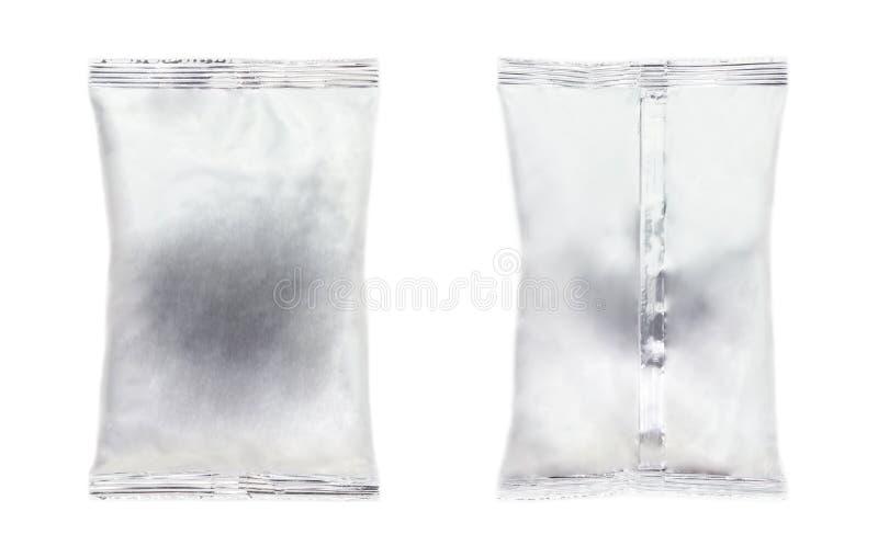 Η συσκευασία, το μέτωπο και η πλάτη τσαντών αλουμινίου απομονώνουν στο άσπρο backgrou στοκ φωτογραφίες