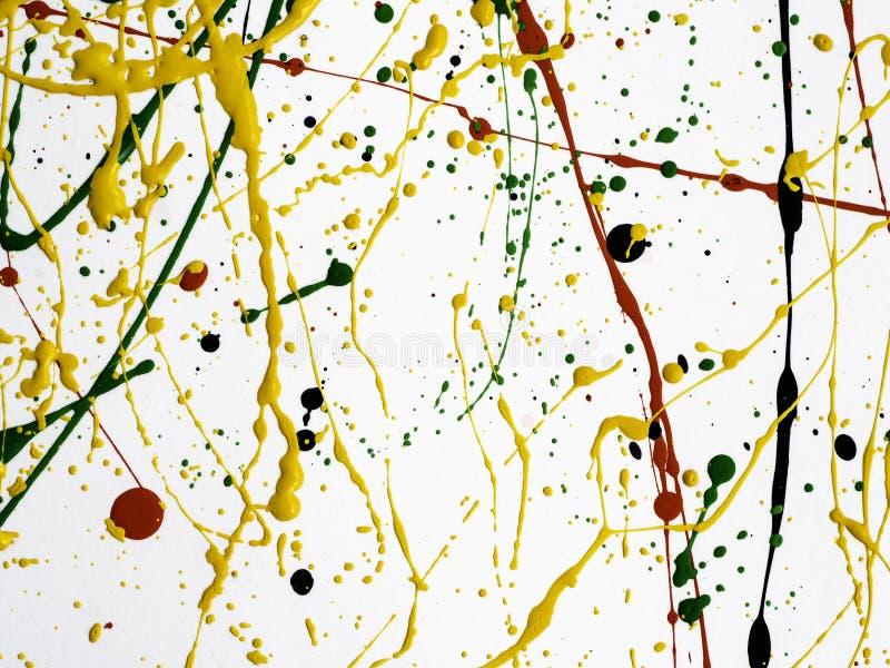 Η τέχνη που καταβρέχτηκε χρώμα ανέτρεψε το κιτρινοπράσινο κόκκινο μαύρο expressionism στοκ φωτογραφία με δικαίωμα ελεύθερης χρήσης