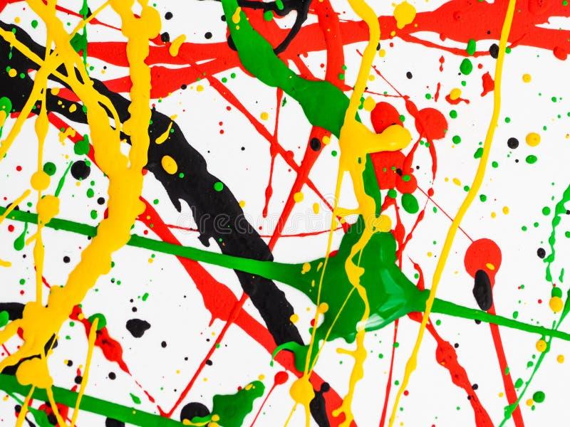 Η τέχνη που καταβρέχτηκε χρώμα ανέτρεψε το κιτρινοπράσινο κόκκινο μαύρο expressionism στοκ εικόνα με δικαίωμα ελεύθερης χρήσης