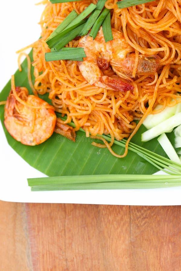 Η ταϊλανδική κουζίνα είναι τηγανισμένο ρυζιού μαξιλάρι Ταϊλανδός ονόματος κλήσης νουντλς ταϊλανδικό στοκ εικόνα
