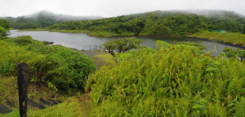 Η του γλυκού νερού λίμνη, Δομίνικα Μικρότερες Αντίλλες στοκ φωτογραφία με δικαίωμα ελεύθερης χρήσης
