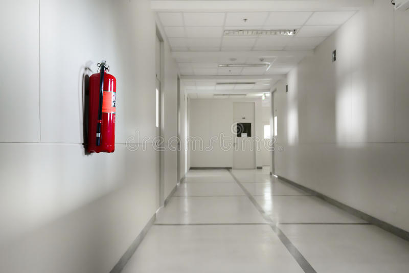 η τρισδιάστατη εικόνα πυρκαγιάς πυροσβεστήρων ανασκόπησης απομόνωσε το λευκό στοκ φωτογραφία με δικαίωμα ελεύθερης χρήσης