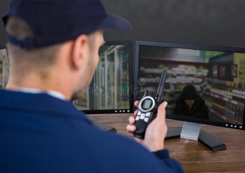 Η φρουρά ασφάλειας της υπεραγοράς που προειδοποιεί την αστυνομία για κλέβει διανυσματική απεικόνιση