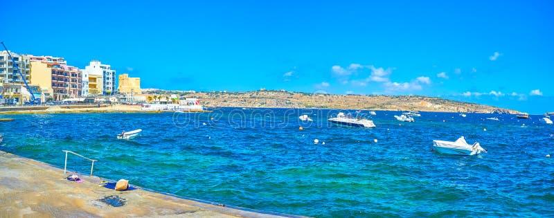 Η φυσική άποψη σχετικά με τον κόλπο του ST Paul σε Bugibba, Μάλτα στοκ εικόνα με δικαίωμα ελεύθερης χρήσης