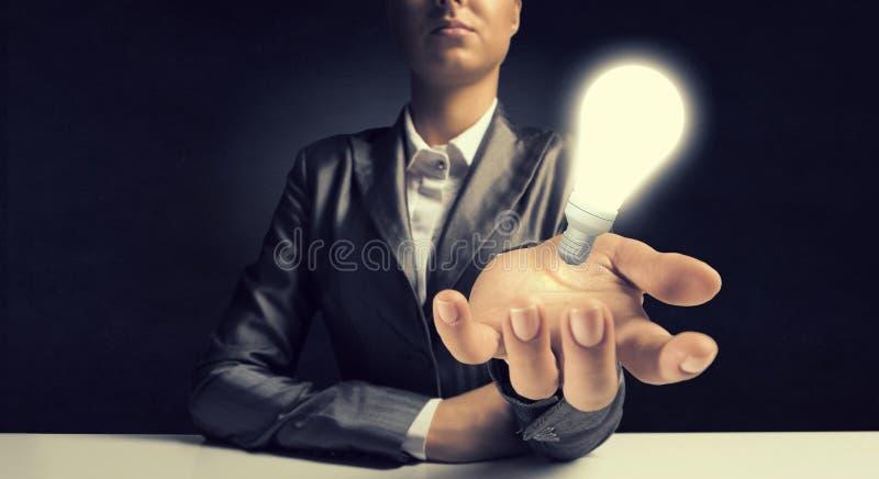 Η φωτεινή μεγάλη ιδέα της στοκ φωτογραφία με δικαίωμα ελεύθερης χρήσης