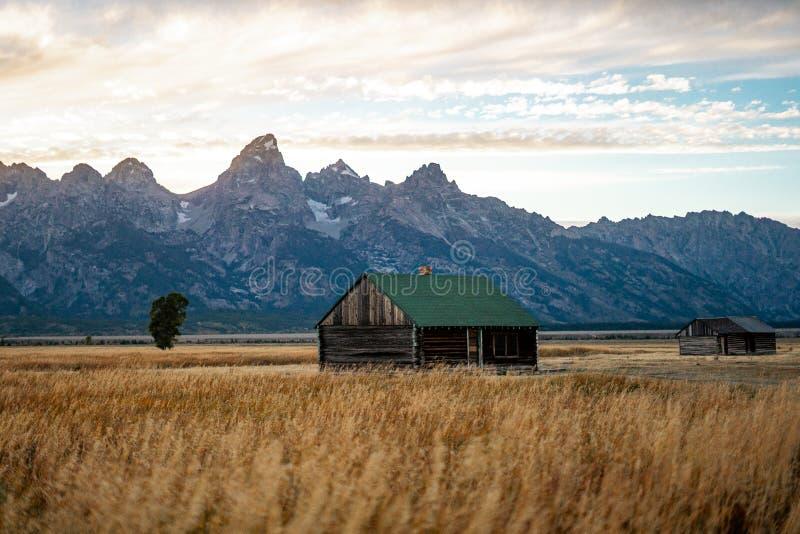 Η φύση του τοπίου του εθνικού πάρκου του Grand Teton κοντά στο εθνικό πάρκο Yellowstone στο Γουαϊόμινγκ, Ηνωμένες Πολιτείες της Α στοκ φωτογραφία με δικαίωμα ελεύθερης χρήσης