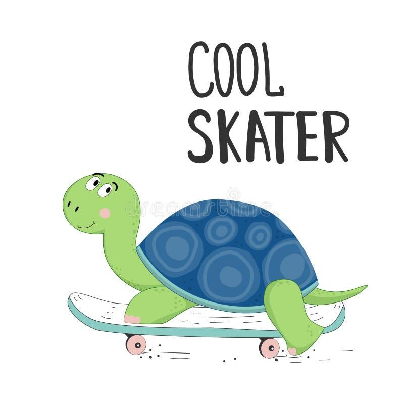 Η χαριτωμένη χελώνα σε μια συρμένη skateboard διανυσματική απεικόνιση με τις επιστολές δροσίζει το σκέιτερ διανυσματική απεικόνιση