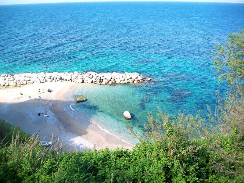 Η όμορφη θάλασσα του καλοκαιριού στοκ φωτογραφία με δικαίωμα ελεύθερης χρήσης