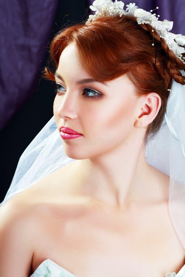 Όμορφη νύφη portraite στοκ εικόνες
