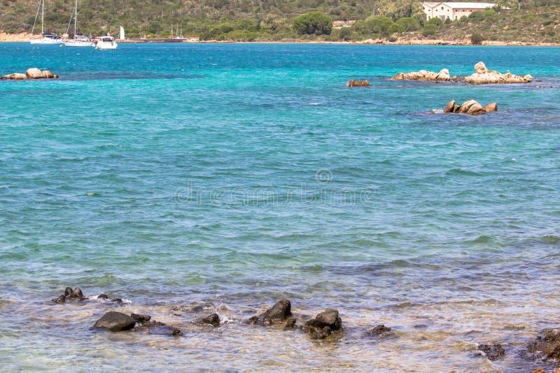 Η όμορφη παραλία στο νησί της Σαρδηνίας, Ιταλία στοκ φωτογραφία με δικαίωμα ελεύθερης χρήσης