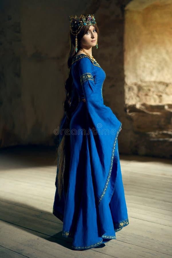Η όμορφη Eleanor Aquitaine, της δούκισσας και της βασίλισσας της Αγγλίας και της Γαλλίας στους υψηλούς Μεσαίωνες στοκ εικόνες