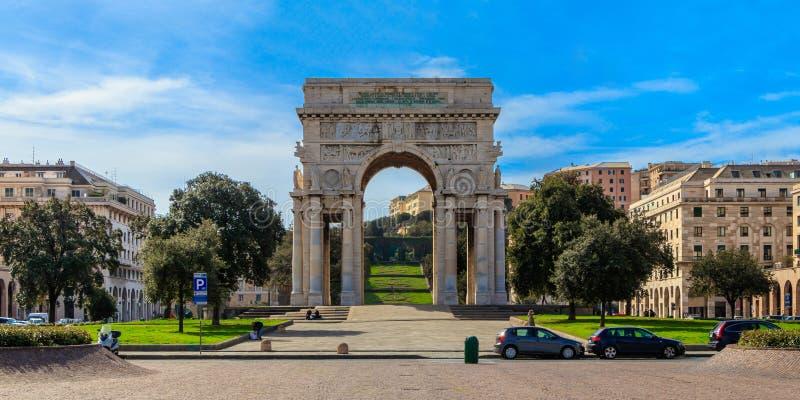Η Arco αψίδα νίκης Vittoria della στη Γένοβα, Ιταλία στοκ φωτογραφίες με δικαίωμα ελεύθερης χρήσης