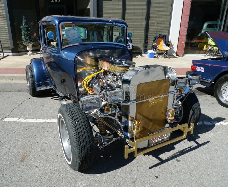 1932 η Ford Deco Coupe στο αυτοκίνητο παρουσιάζει στοκ εικόνες με δικαίωμα ελεύθερης χρήσης