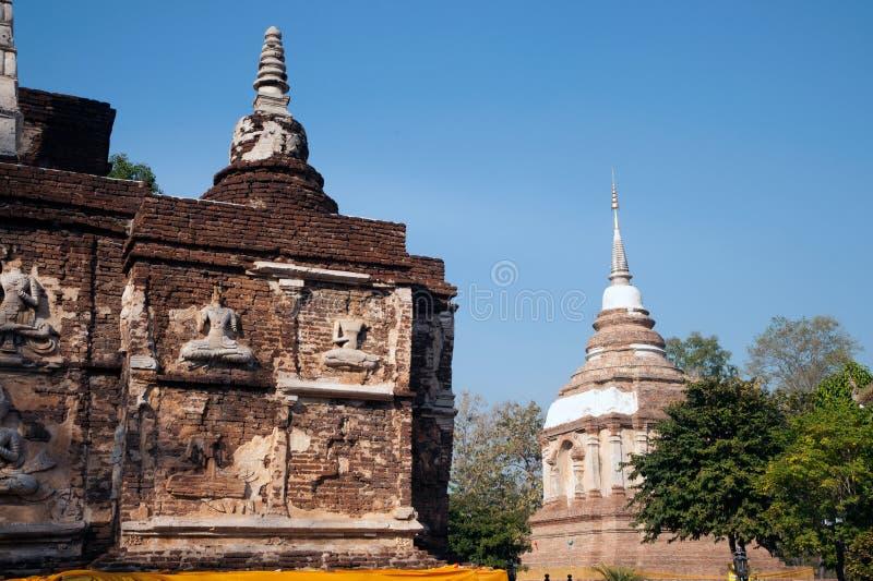 Η Maha Chedi και Tilokarat Chedi του ναού Wat Chet Yot σε Chiang Mai, Ταϊλάνδη στοκ εικόνες με δικαίωμα ελεύθερης χρήσης