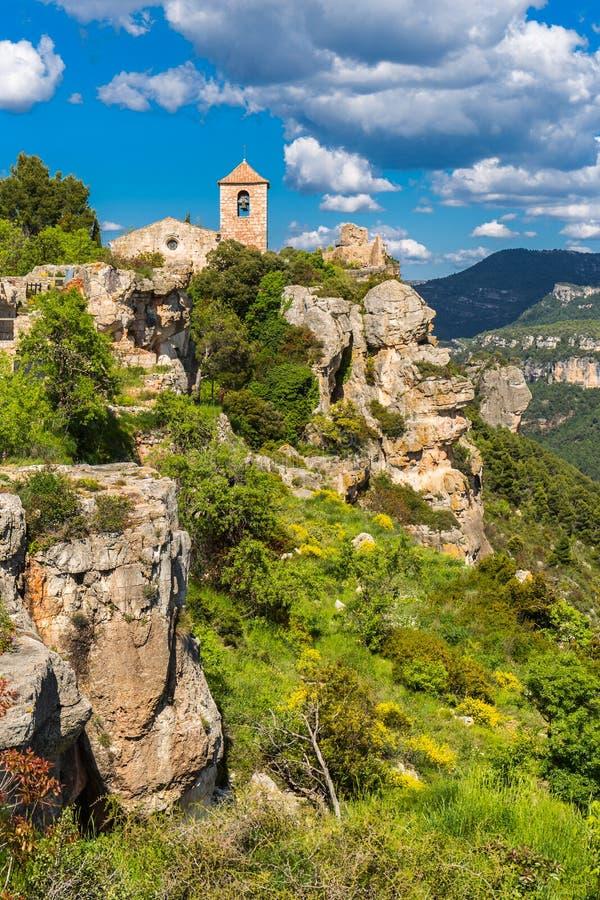 Η Romanesque εκκλησία της Σάντα Μαρία de Siurana στοκ φωτογραφίες