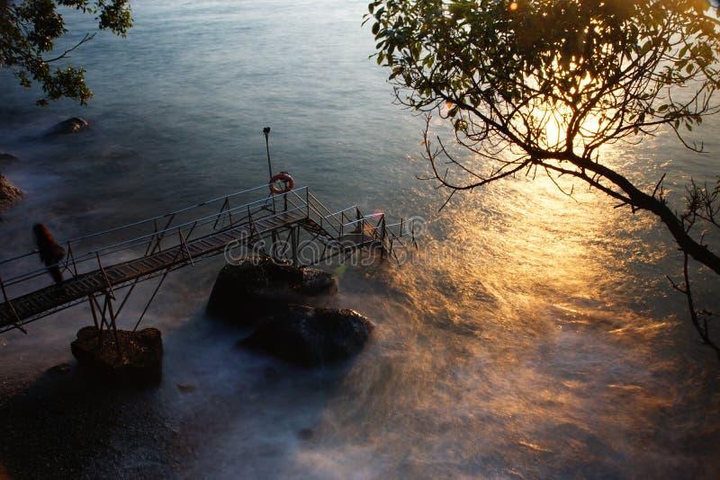 θάλασσα ηλιοβασιλεμάτων στοκ φωτογραφία