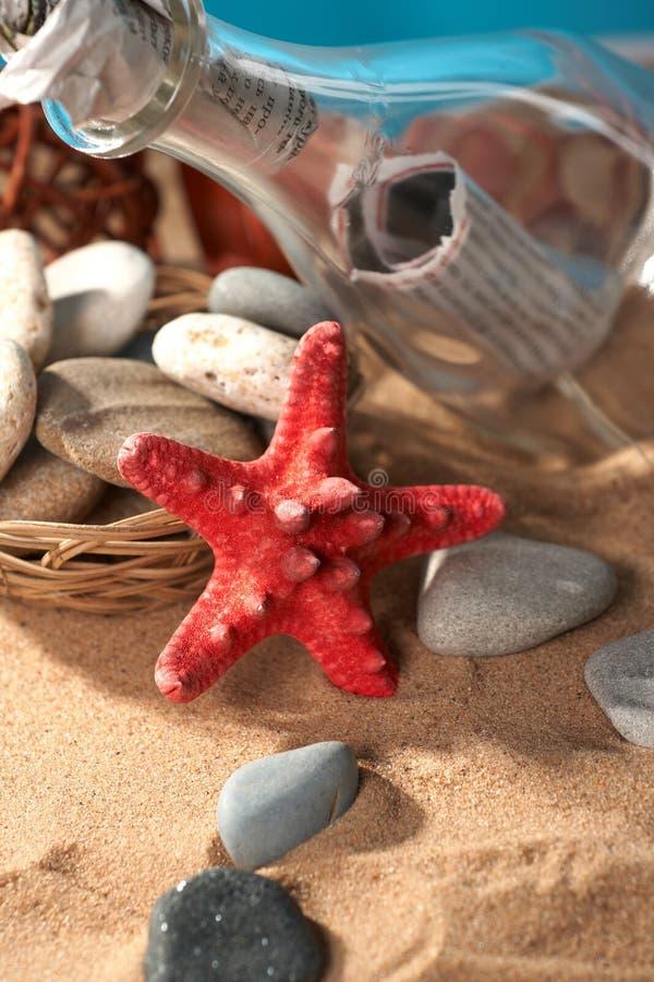 θάλασσα μηνυμάτων ζωής ακόμα στοκ εικόνες με δικαίωμα ελεύθερης χρήσης