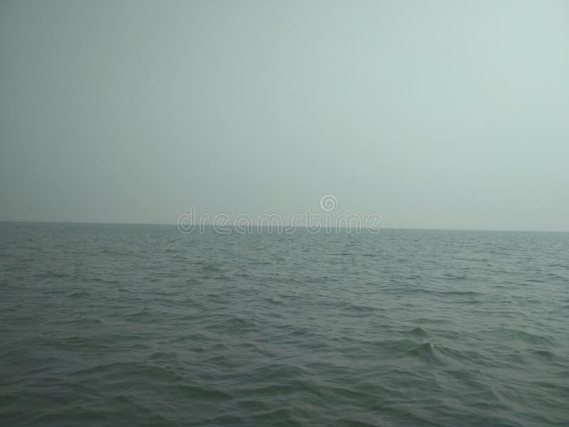 Θάλασσα στο πρωί στοκ εικόνα