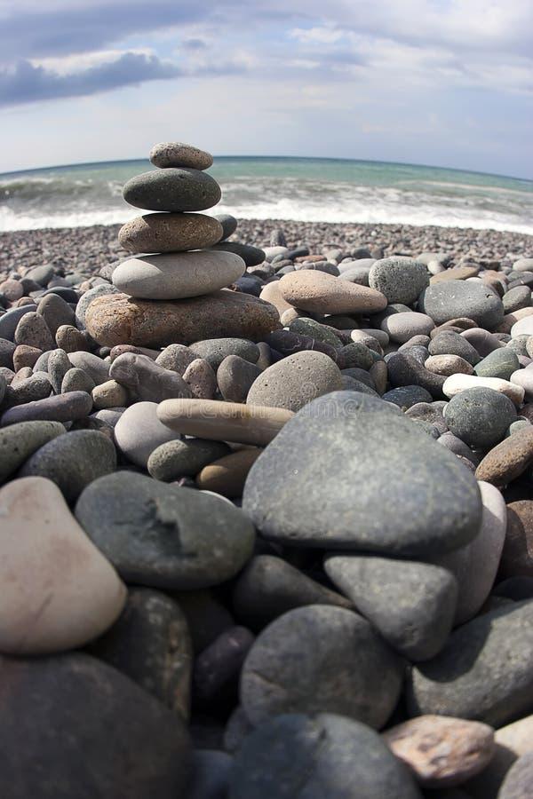 Θάλασσα και πέτρες στοκ φωτογραφία με δικαίωμα ελεύθερης χρήσης