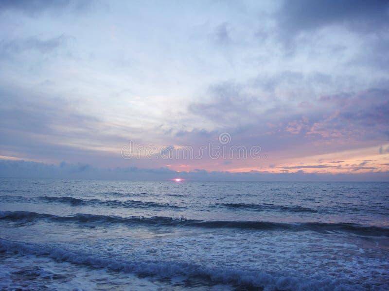 Θάλασσα στο ηλιοβασίλεμα στοκ φωτογραφίες