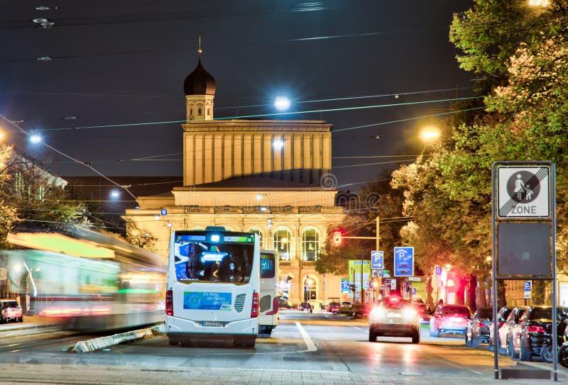 Θέατρο του Άουγκσμπουργκ τη νύχτα στοκ εικόνες