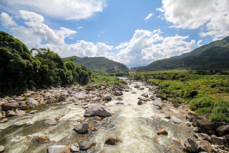 Θέα βουνού τοπίων Sapa, περιοχή Sapa, λαοτιανή επαρχία CAI, βορειοδυτικό Βιετνάμ στοκ εικόνες