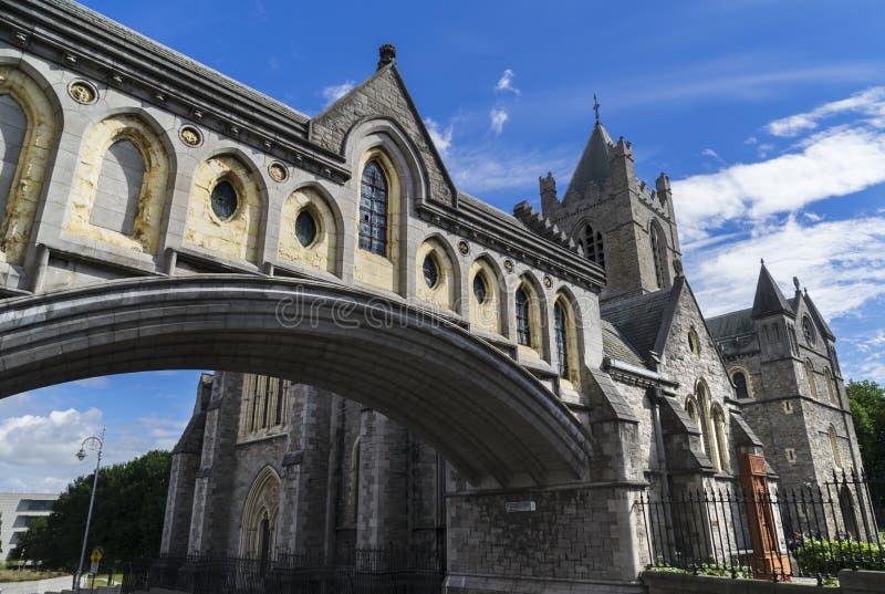 Θέα του καθεδρικού ναού της Αγίας Τριάδας, γνωστού ως Εκκλησία του Χριστού στο Δουβλίνο στην Ιρλανδία στοκ εικόνα με δικαίωμα ελεύθερης χρήσης