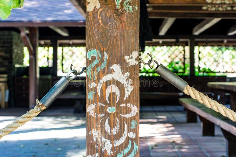 Θέσεις που χρωματίζονται ξύλινες με το χρώμα στοκ φωτογραφία με δικαίωμα ελεύθερης χρήσης