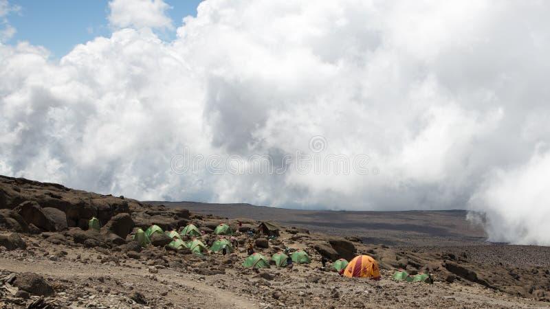 Θέση για κατασκήνωση Barafu στο επίπεδο 4600 μ στοκ φωτογραφίες