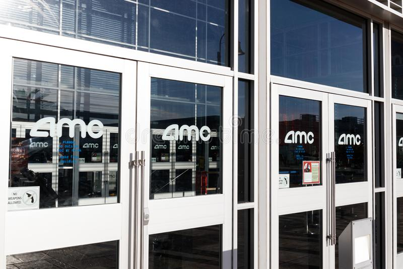 Θέση κινηματογραφικών αιθουσών AMC Τα θέατρα AMC είναι η μεγαλύτερη αλυσίδα κινηματογραφικών αιθουσών στον κόσμο ΙΙΙ στοκ φωτογραφίες
