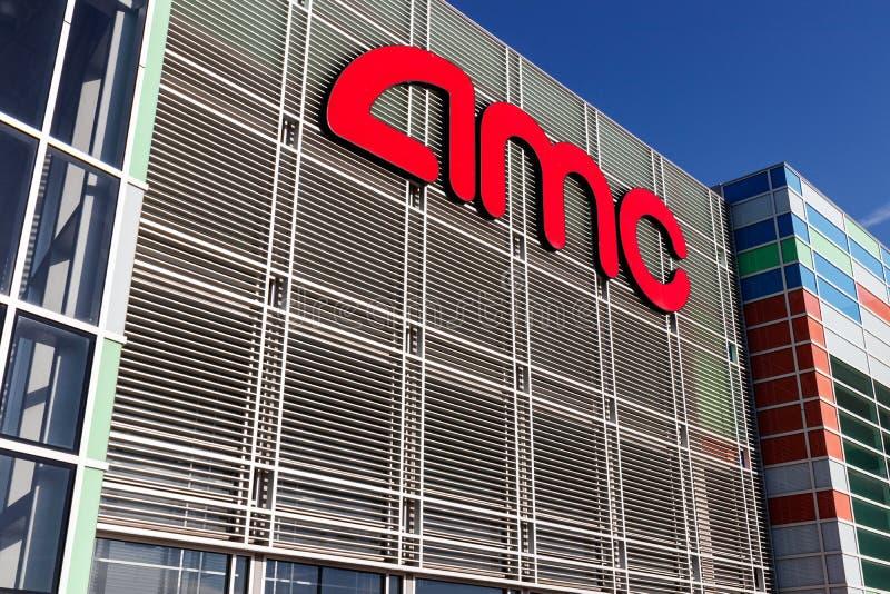 Θέση κινηματογραφικών αιθουσών AMC Τα θέατρα AMC είναι η μεγαλύτερη αλυσίδα κινηματογραφικών αιθουσών στον κόσμο ΙΙ στοκ εικόνες με δικαίωμα ελεύθερης χρήσης