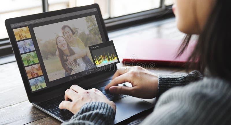 Θέτοντας έννοια ιστογράμμων συντακτών φωτογραφιών στοκ εικόνες