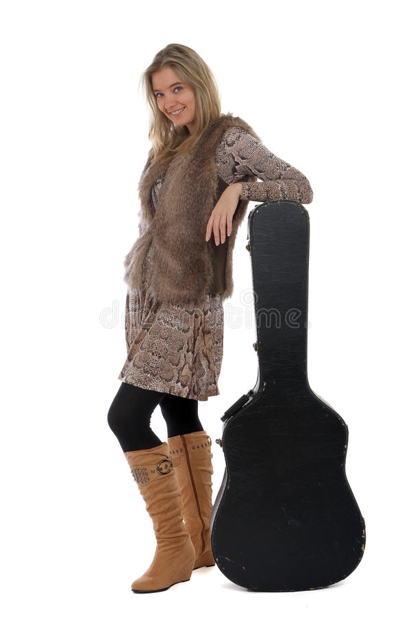θέτοντας γυναίκα κιθάρων &p στοκ εικόνα